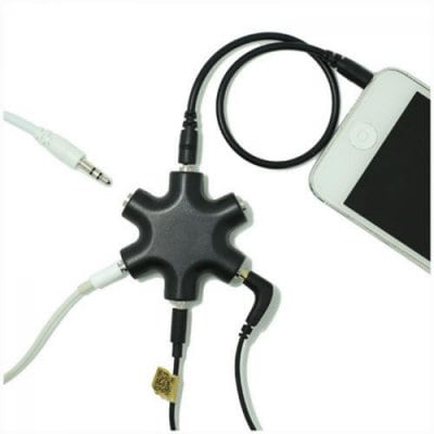 SPECIAL OFFER –  Hot Cables 3.5mm Audio Earphone Splitter Headphone Female for 3.5MM  =  £9.65